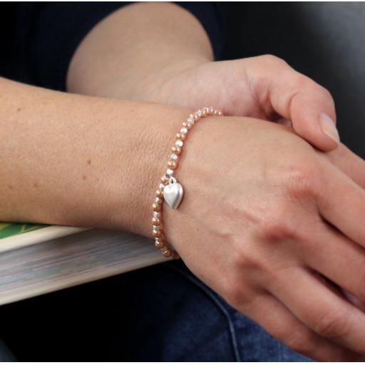 Peace of Mind Pink Pearl & Silver Plated Matt Heart Bracelet