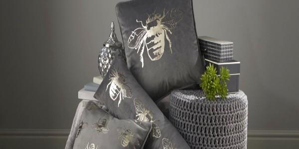 grey_cushion.jpg